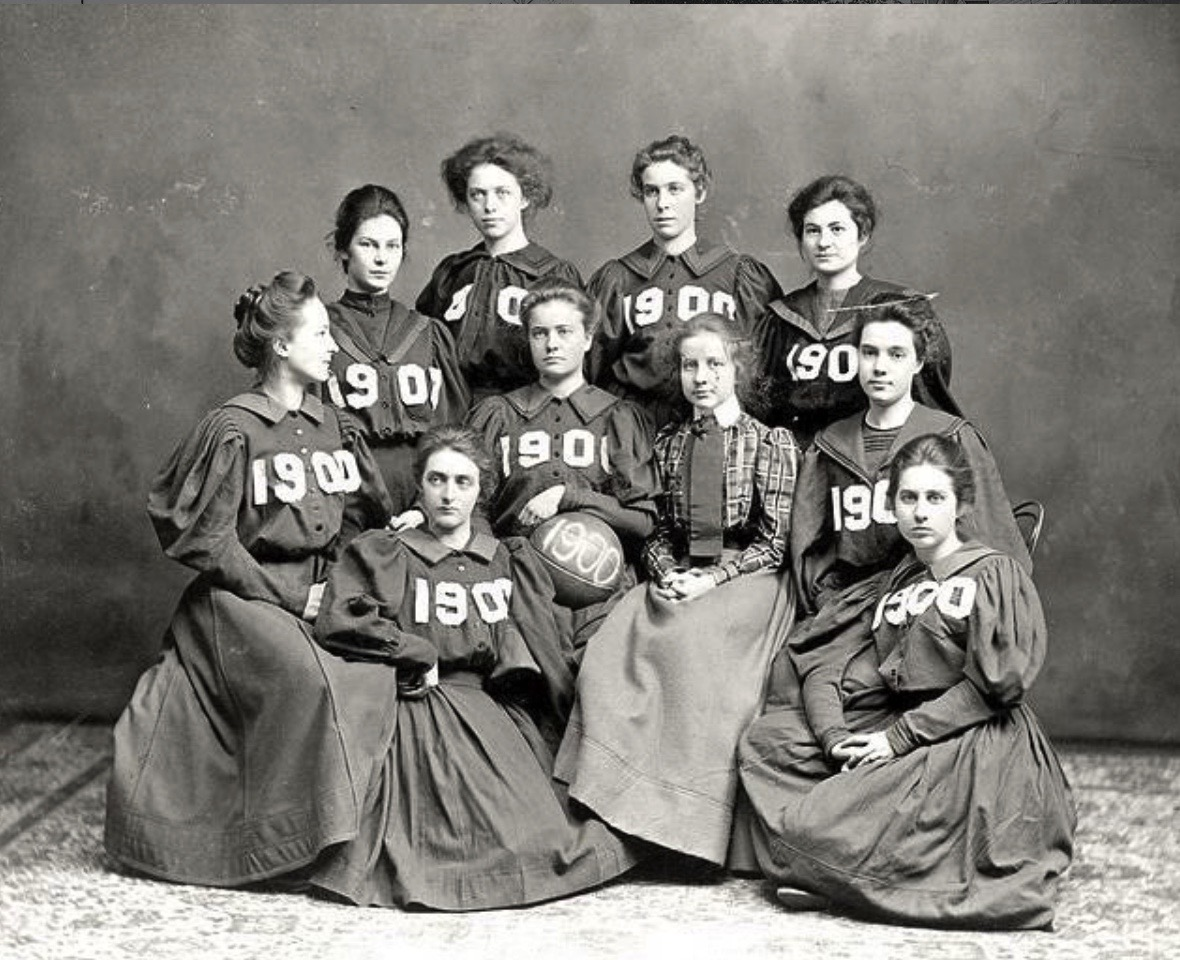 1900 Vassar College Basketball Team
