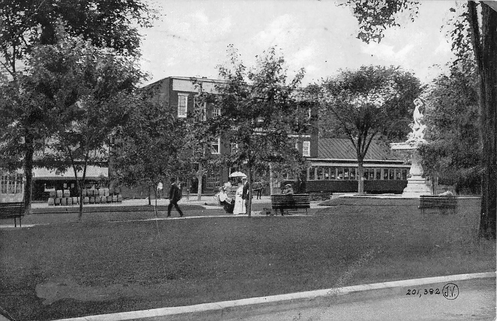 City-Square-Hudson-NY-Columbia-County-1907